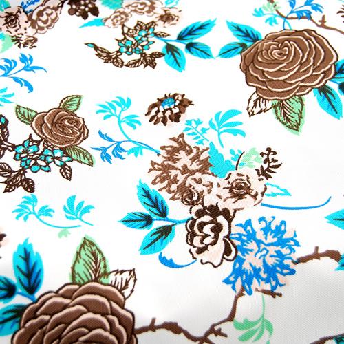 Poliester - brązowe róże na białym tle